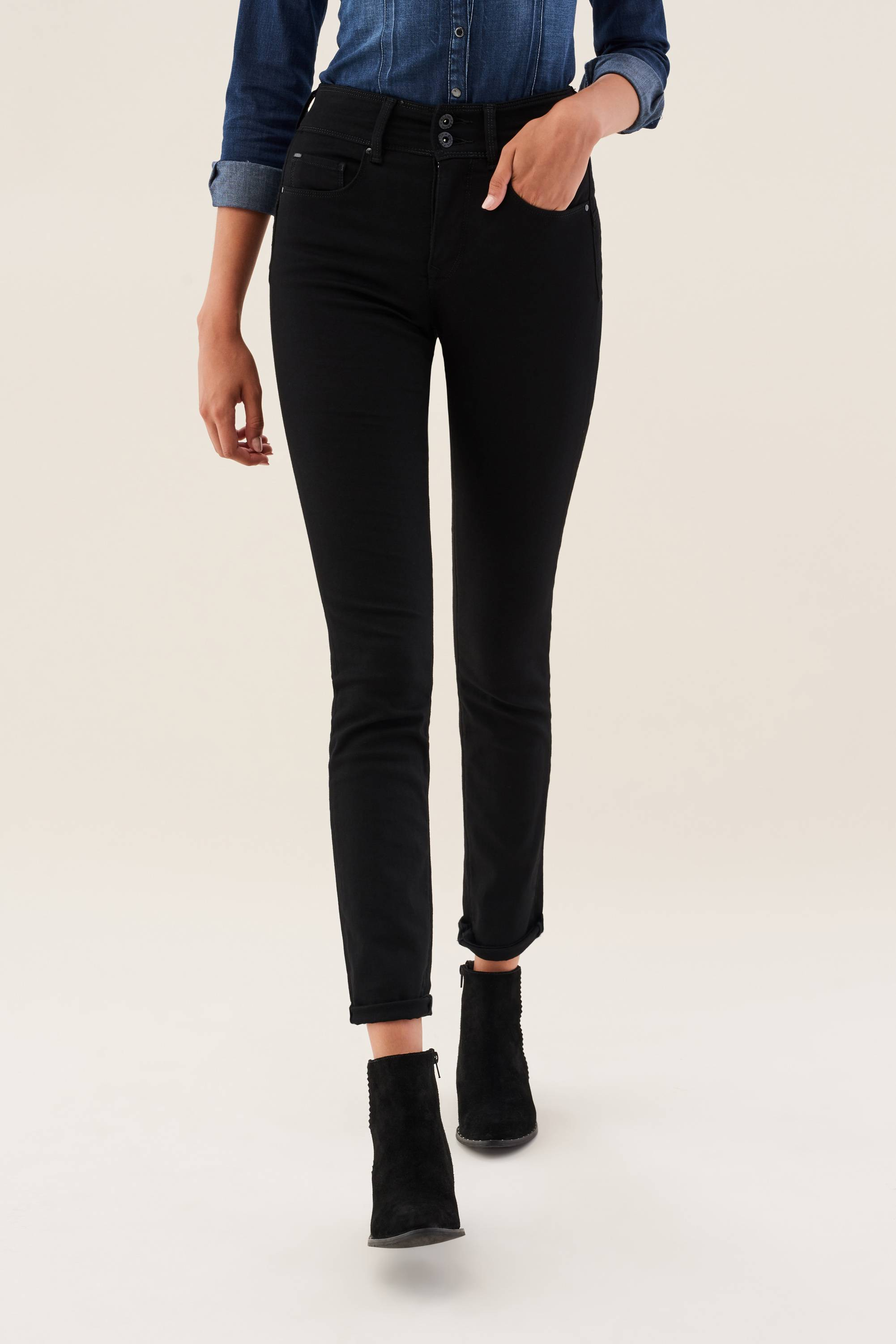 Salsa - Push In Slim Leg - Black