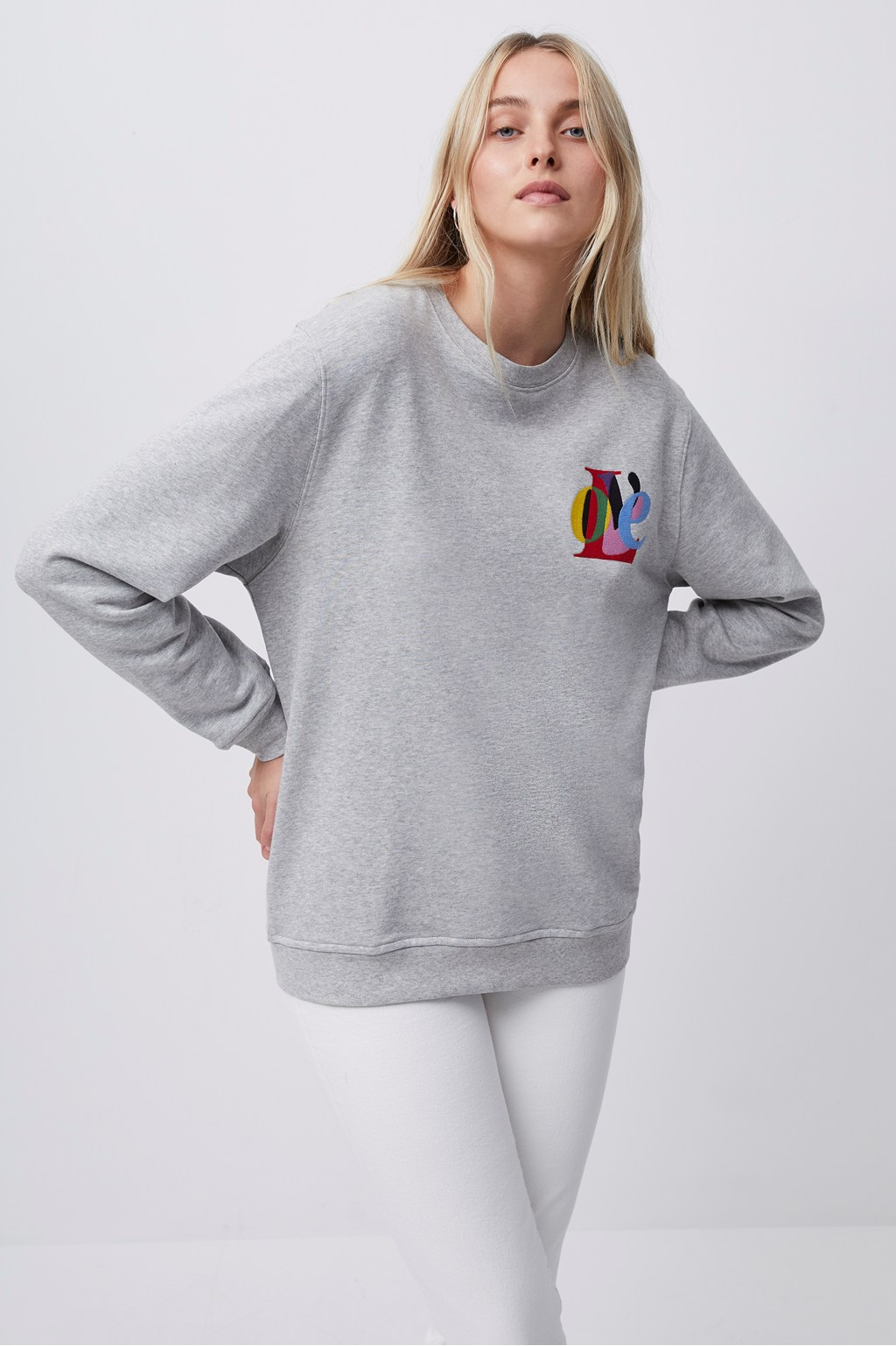 LOVE GRAPHIC CREW NECK SWEATSHIRT