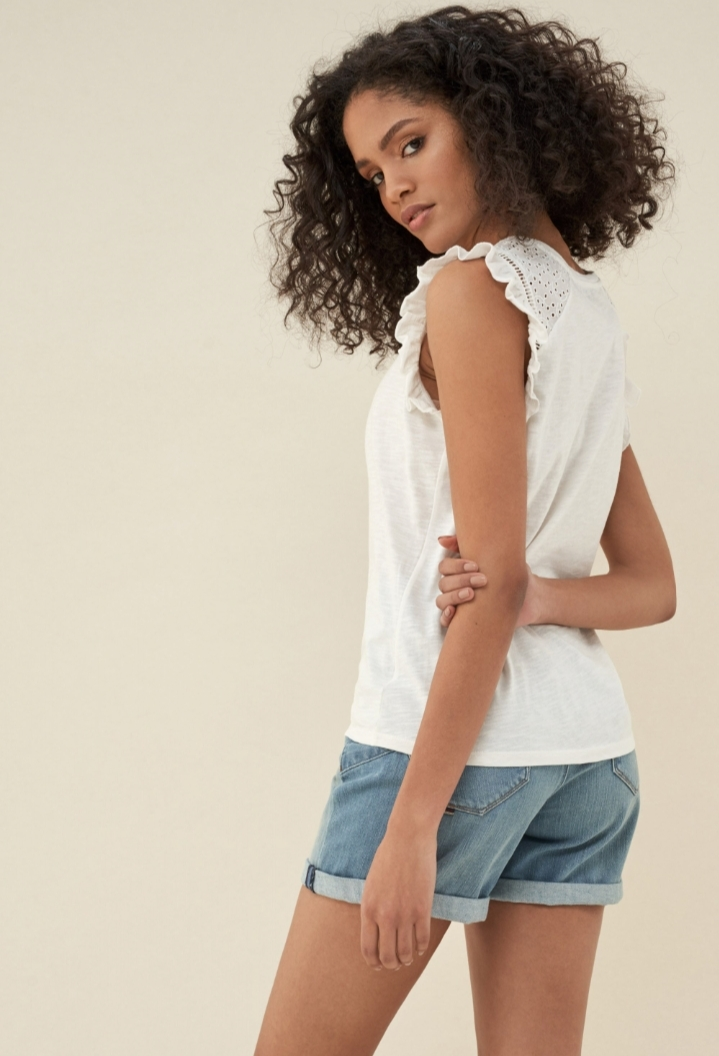 SALSA | Top with Lace and Frills on Sleeve