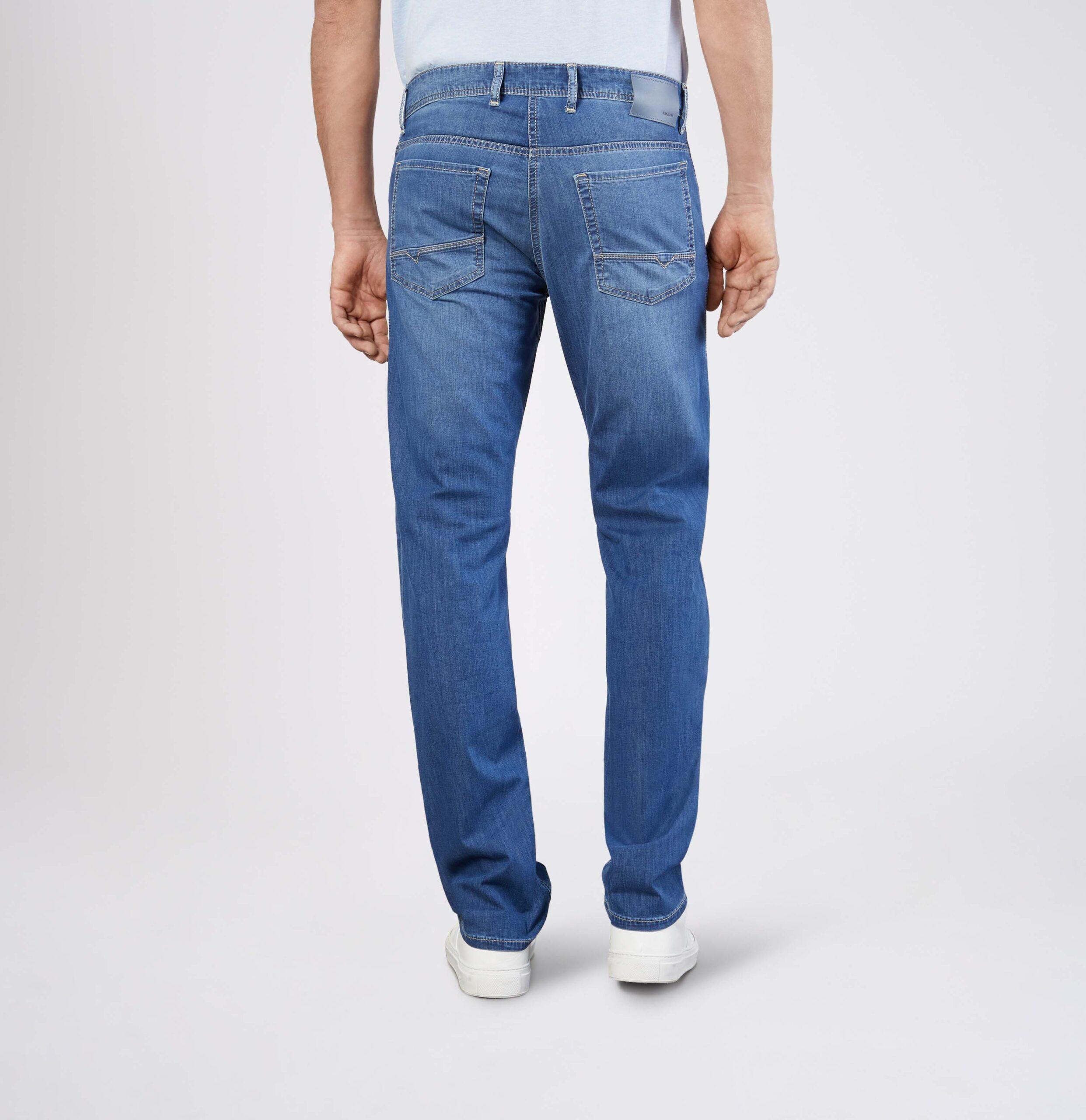Mac Jeans   Arne Lightweight Straight Leg Jeans